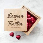 Personalised Oak Photo Cube – Couples Names