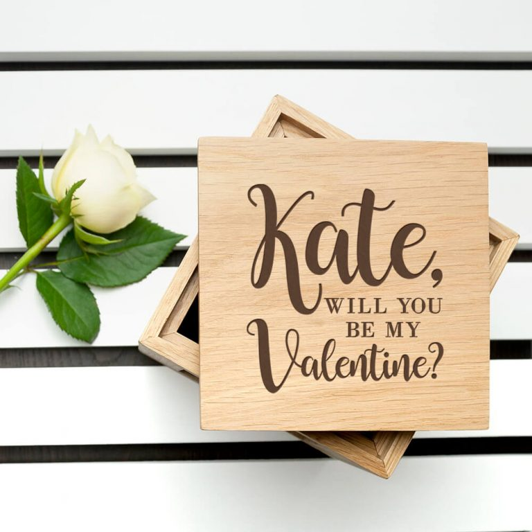 Personalised Oak Photo Cube – Be my Valentine