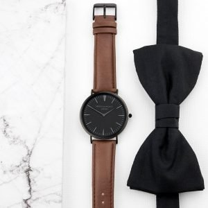 Personalised Mens Brown Leather Watch with Black Face – Your Message