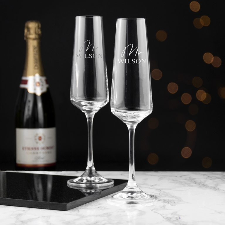Personalised set of 2 Gold Champagne Glasses – Mr & Mrs