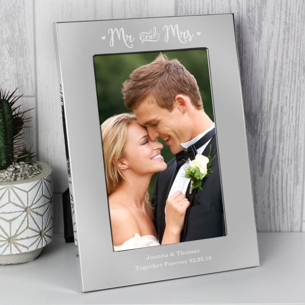 Personalised Mr & Mrs 6×4 Silver Photo Frame