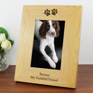 Personalised Oak Finish 6×4 Paw Prints Photo Frame