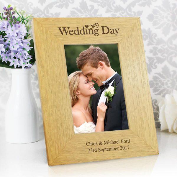 Personalised Wedding Day 6×4 Oak Finish Photo Frame