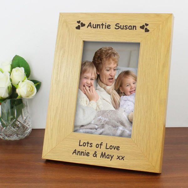 Personalised Hearts 6×4 Oak Finish Photo Frame