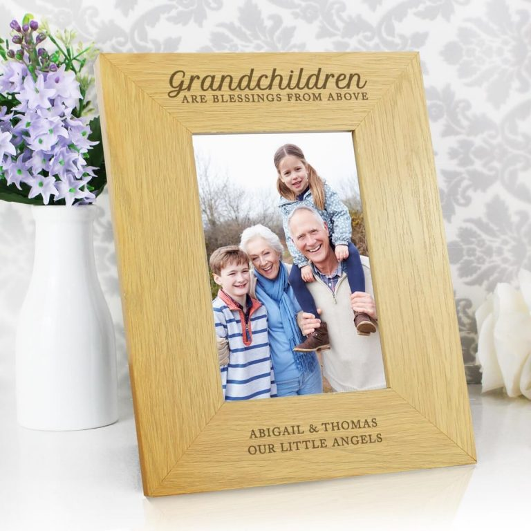 """Personalised """"""""Grandchildren Are A Blessing"""""""" 6×4 Oak Finish Photo Frame"""