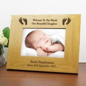 Personalised Oak Finish 6×4 Landscape Baby Footprints Photo Frame