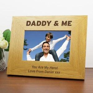 Personalised Oak Finish 6×4 Daddy & Me Photo Frame