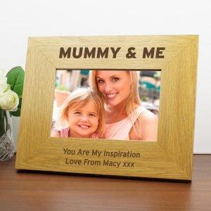 Personalised Oak Finish 6×4 Mummy & Me Photo Frame