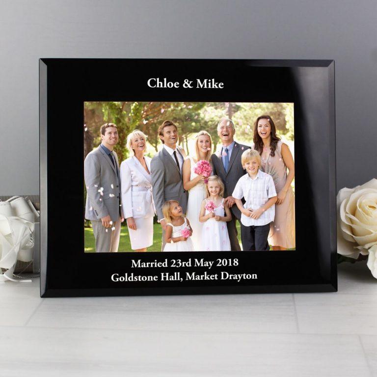 Personalised 7×5 Landscape Black Glass Photo Frame