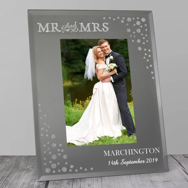 Personalised Mr and Mrs 6×4 Diamante Glass Photo Frame