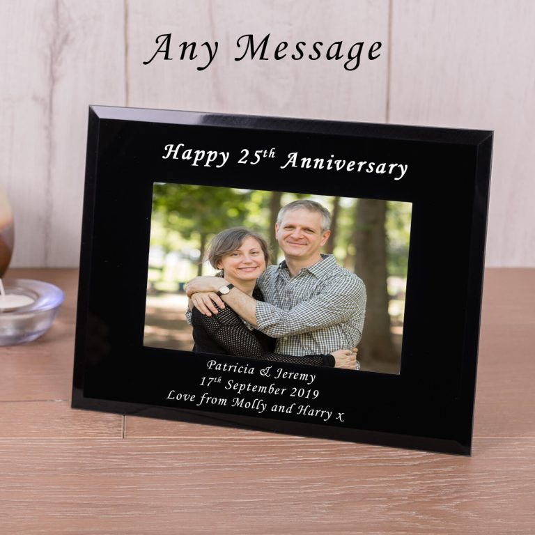 Personalised Black Glass Photo Frame (6×4) – Your Message