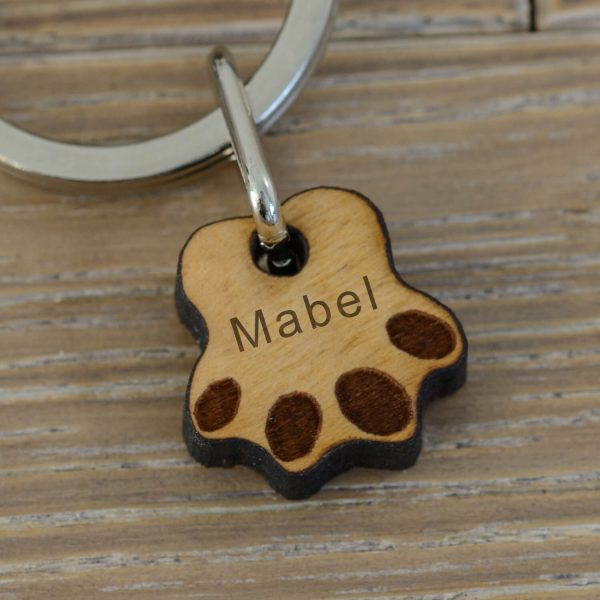 Personalised Wooden Key Ring – Paws