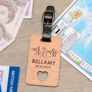 Personalised Wooden Luggage Tag – Mr & Mrs