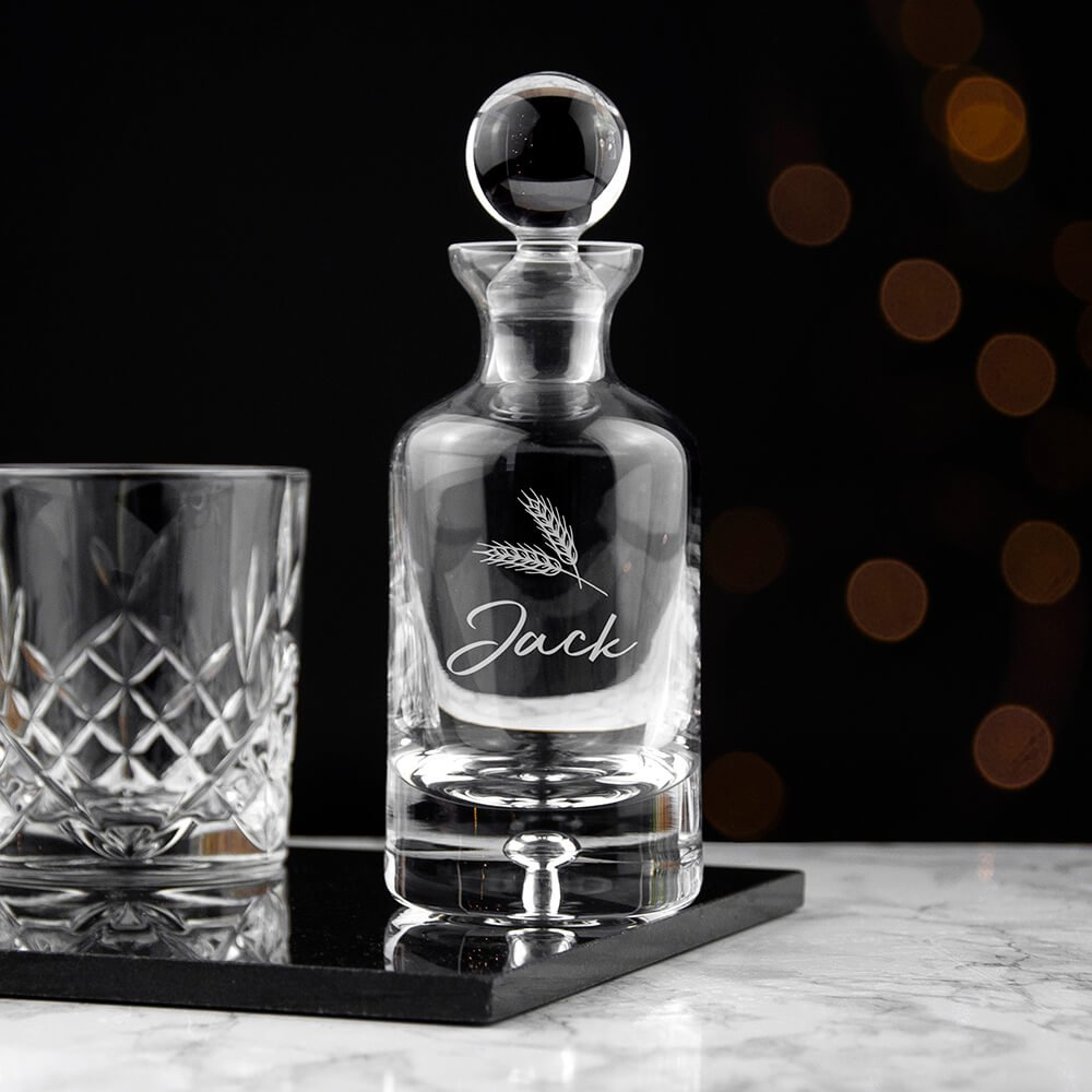 Personalised Whisky Decanter – Name & Icon