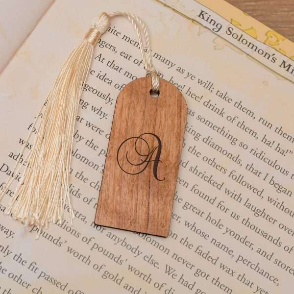 Personalised Wooden Bookmark – Initial (Tag)