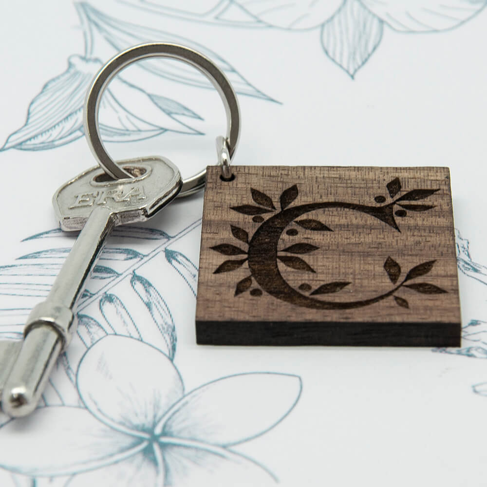 Personalised Wooden Key Ring – Initial & Message (Square)