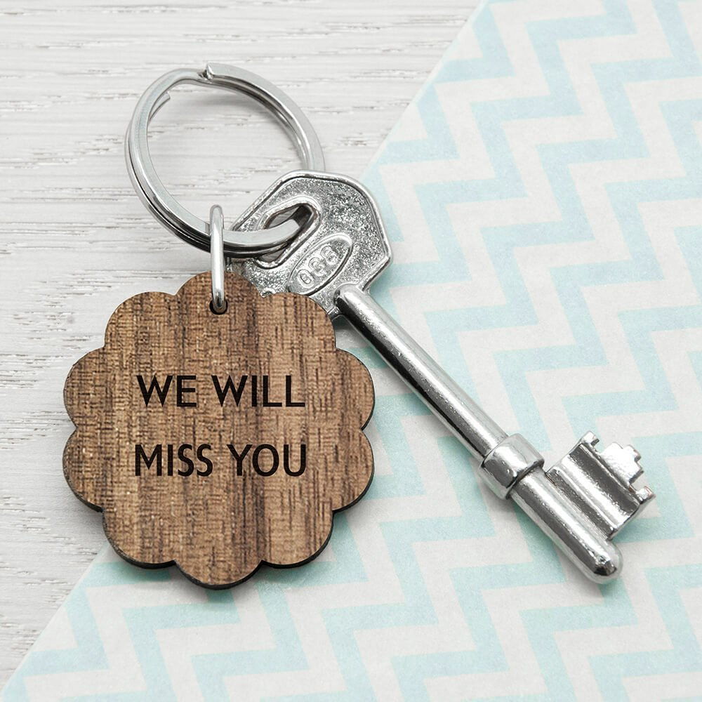 Personalised Wooden Key Ring – Your Message (Flower)