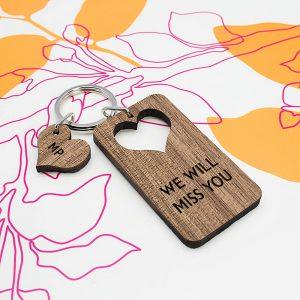 Personalised Wooden Key Ring – Heart Shaped (Walnut)