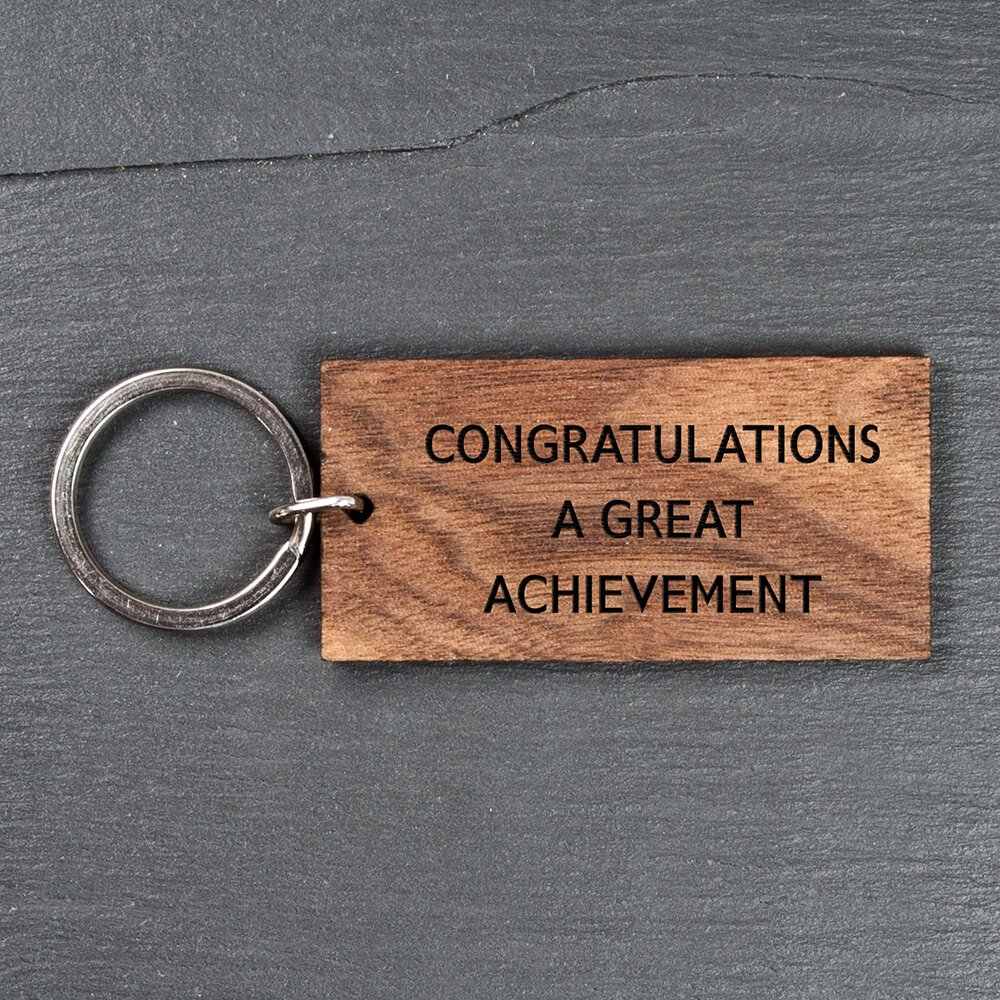 Personalised Wooden Key Ring – Your Message (Rectangle/Walnut)