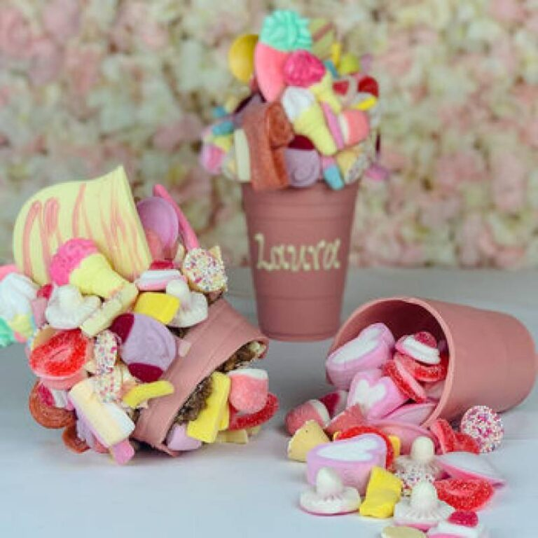 Personalised Pink 1KG Belgian Chocolate Smash Cup