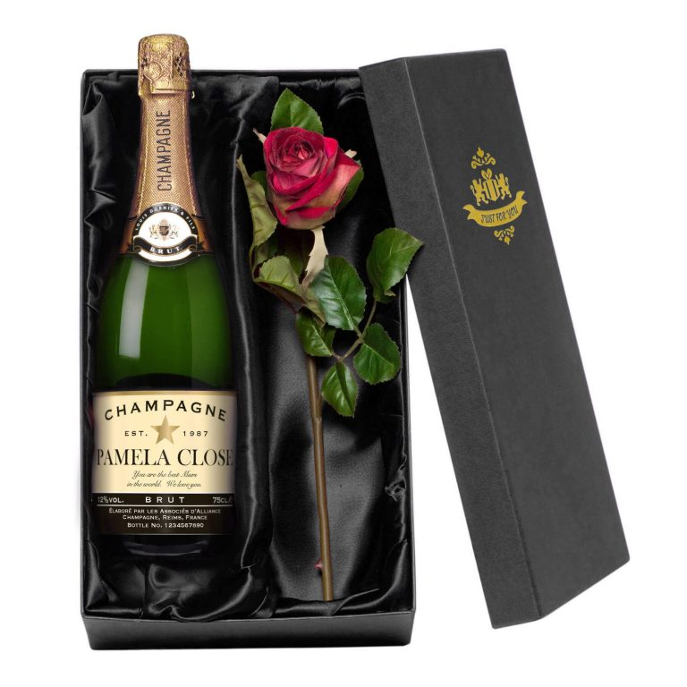 Personalised Champagne with Authentic Star occasions Label – Rose Giftpack