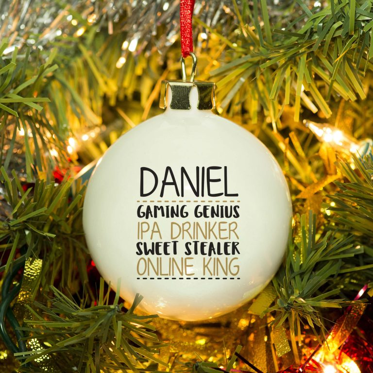Personalised 4 things about…Bauble