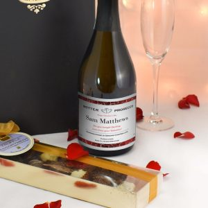 Personalised Valentines Classic Prosecco with Chocolates Giftpack